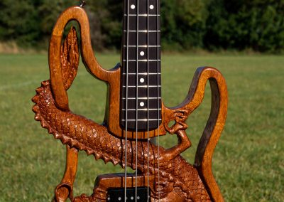 custom-carved-guitars-small-1033195
