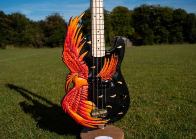 custom-carved-guitars-small-1033247