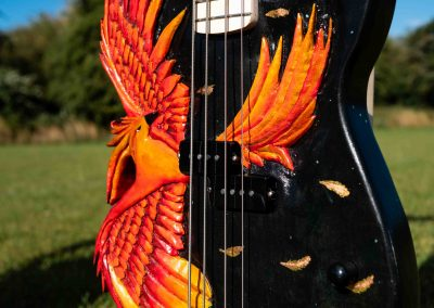 custom-carved-guitars-small-1033268